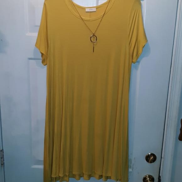 Pinc Dresses & Skirts - PINC dress